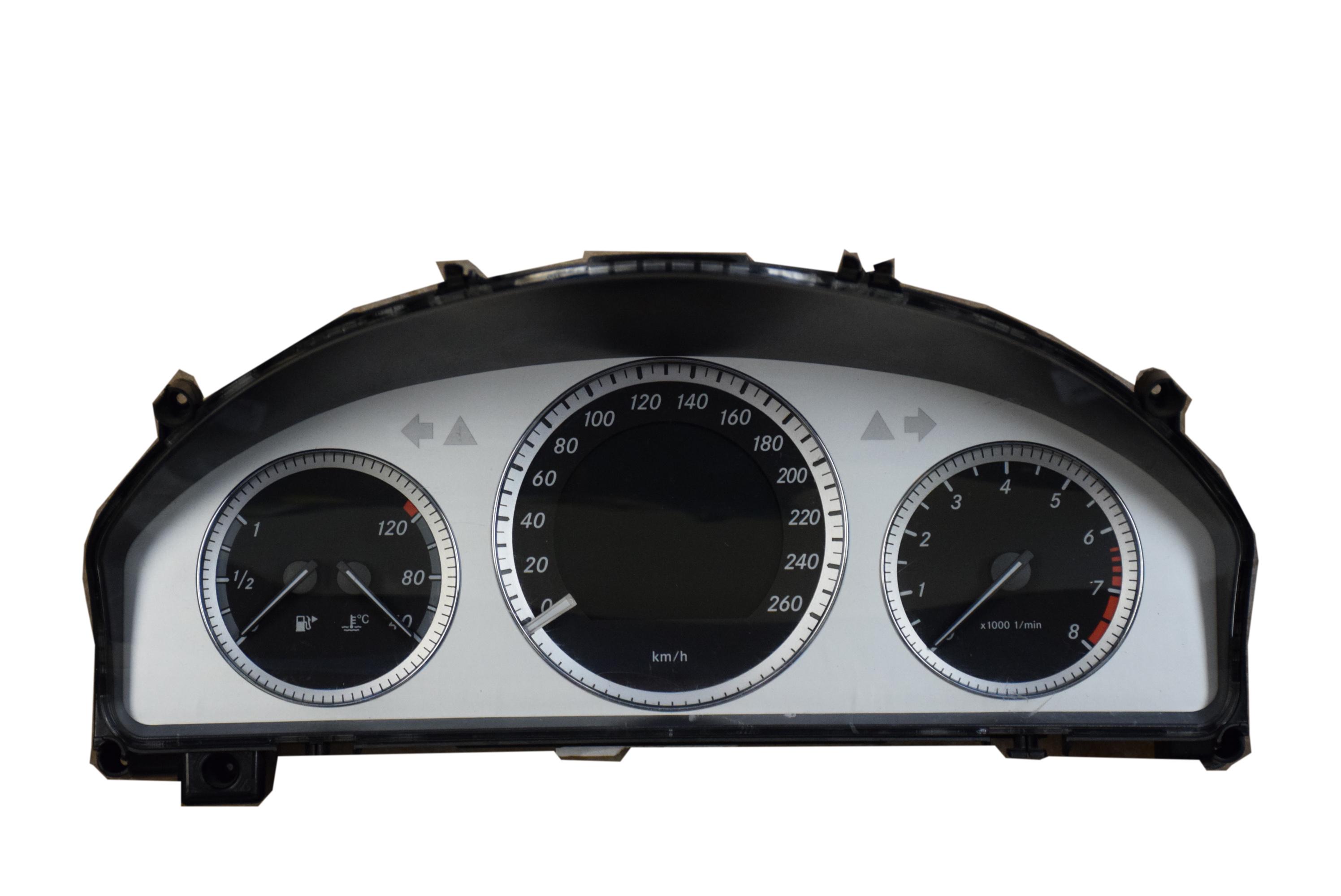 service manual  2008 mercedes benz clk class speedometer
