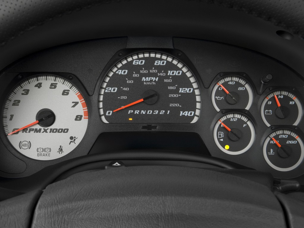 2006 2009 Chevrolet Trailblazer Dashboard Instrument Cluster 2007 Fuel Filter Dsc 0391
