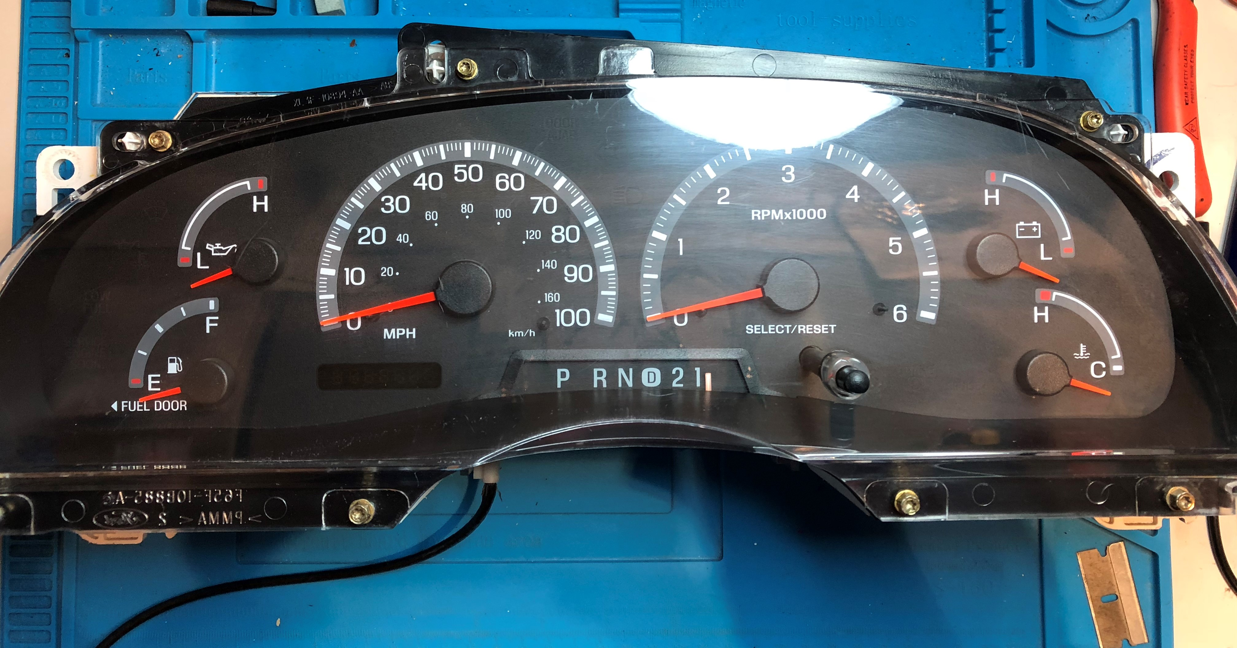 2002-2003 FORD F150 USED DASHBOARD INSTRUMENT CLUSTER FOR SALE (MPH)