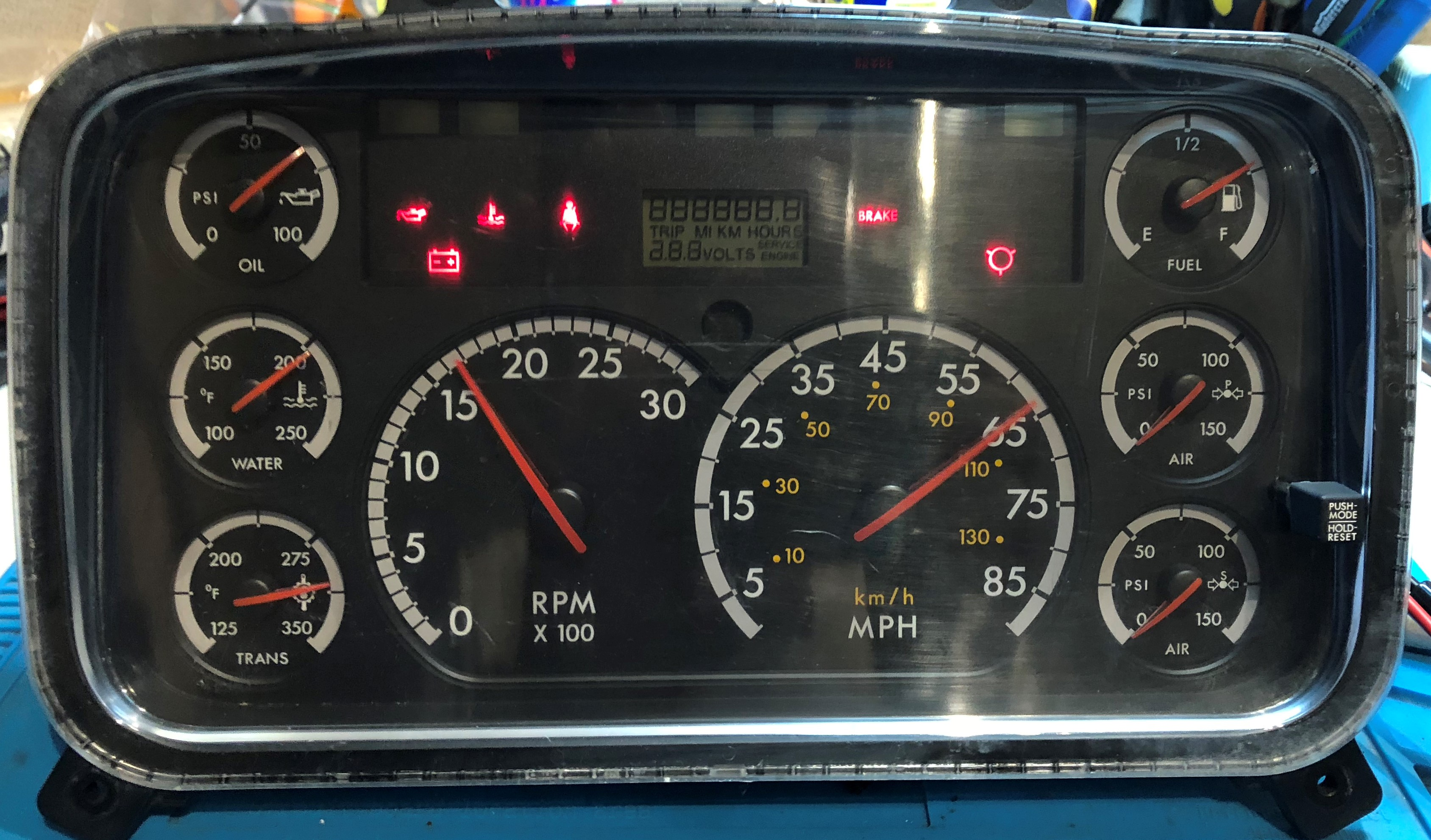 2004 FREIGHTLINER M2 USED DASHBOARD INSTRUMENT CLUSTER FOR SALE (MPH)