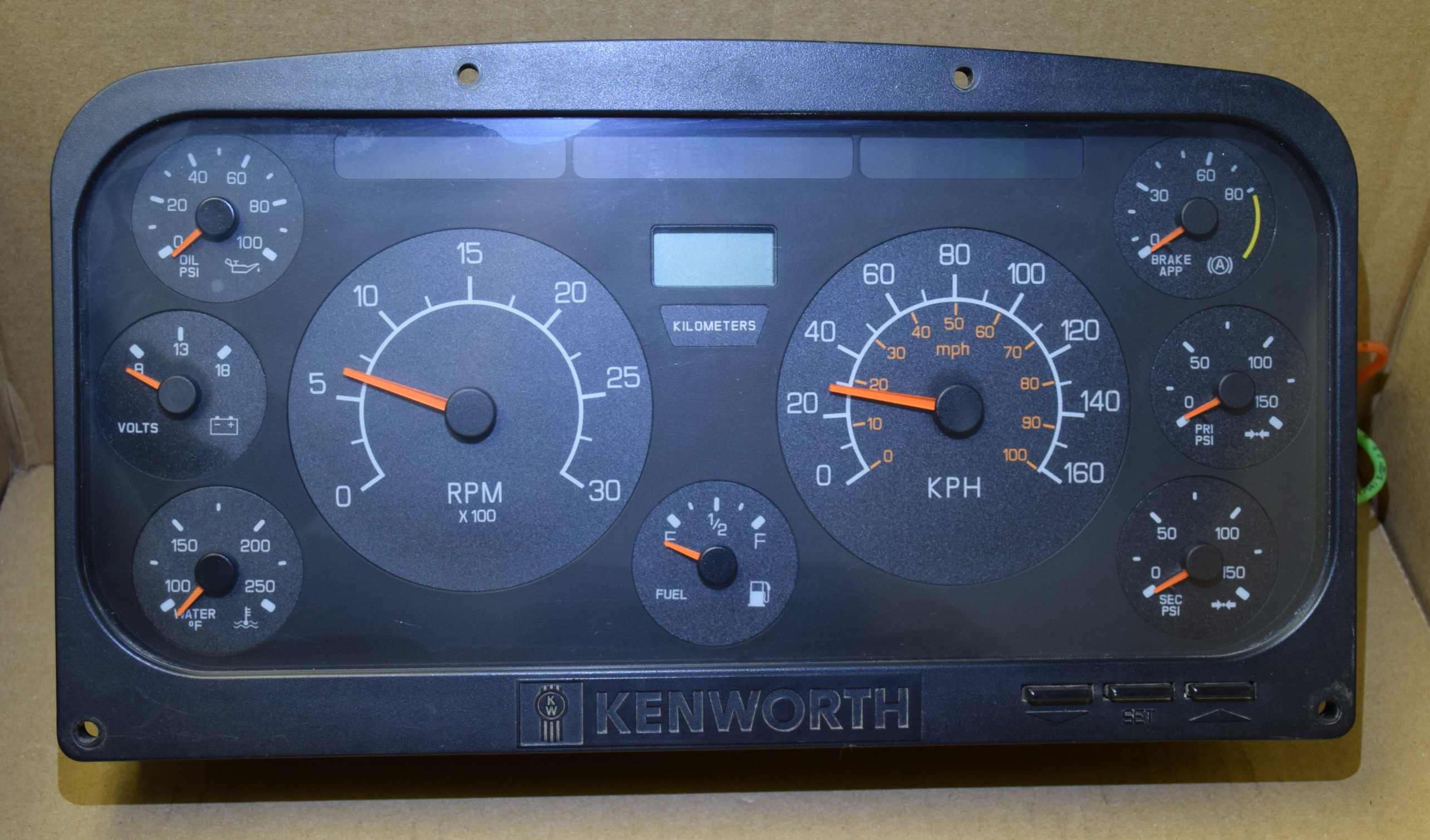2004 KENWORTH T2000 USED DASHBOARD INSTRUMENT CLUSTER FOR SALE (KM/H)