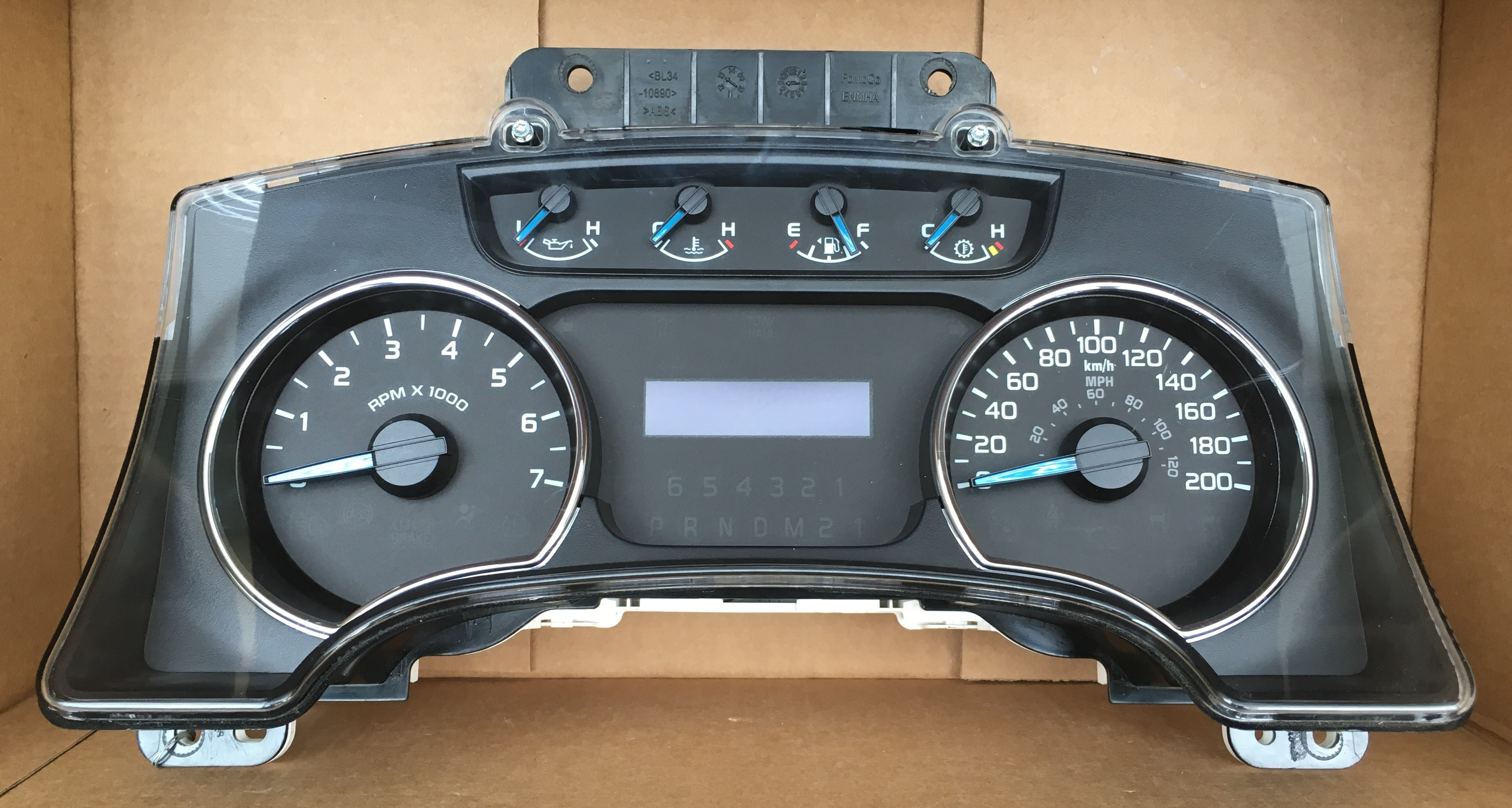 2014 FORD F150 FX2, FX4, XLT USED DASHBOARD INSTRUMENT CLUSTER FOR SALE  (KM/H)