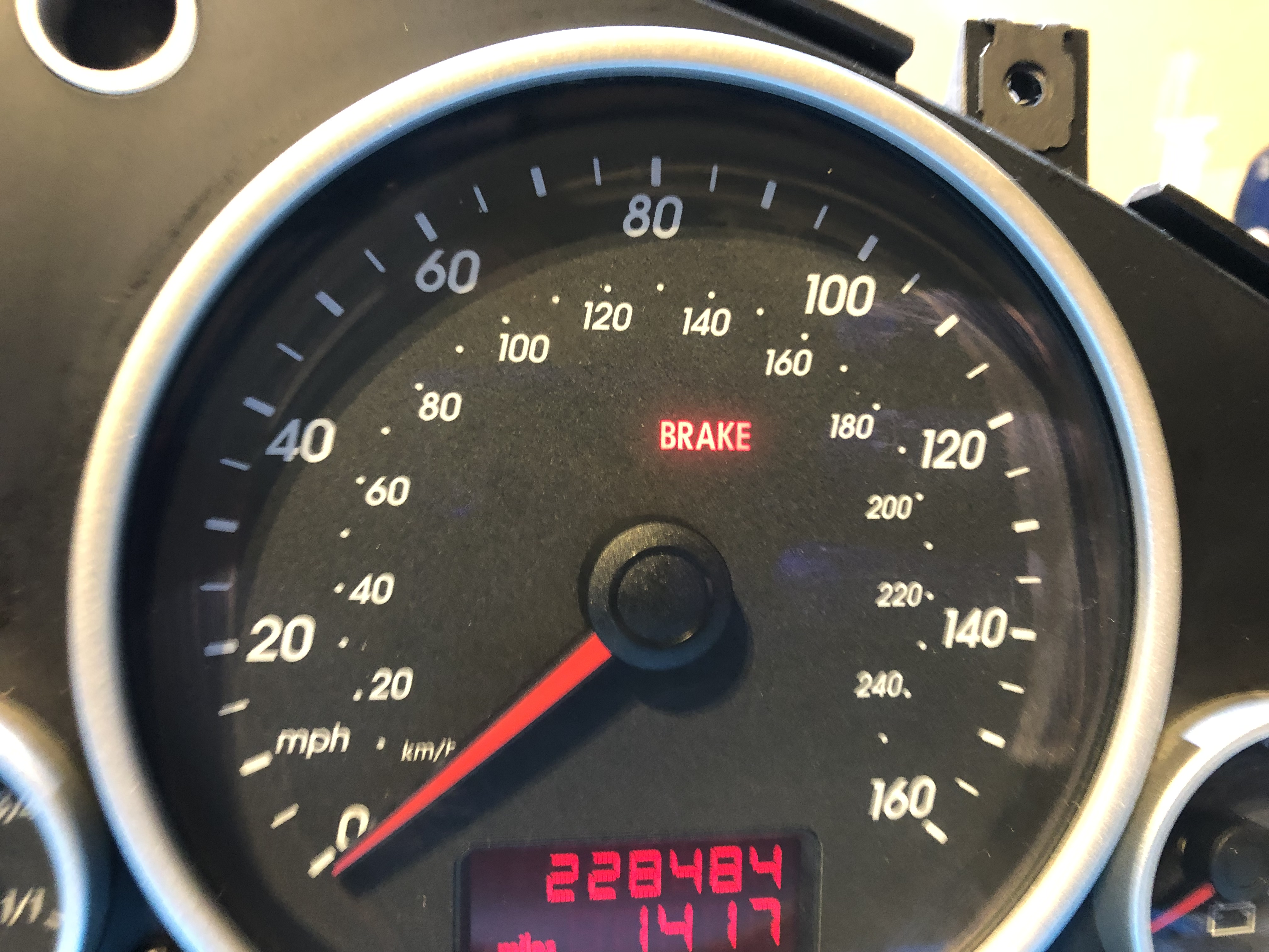 2004 VOLKSWAGEN TOUAREG USED DASHBOARD INSTRUMENT CLUSTER FOR SALE (MPH)