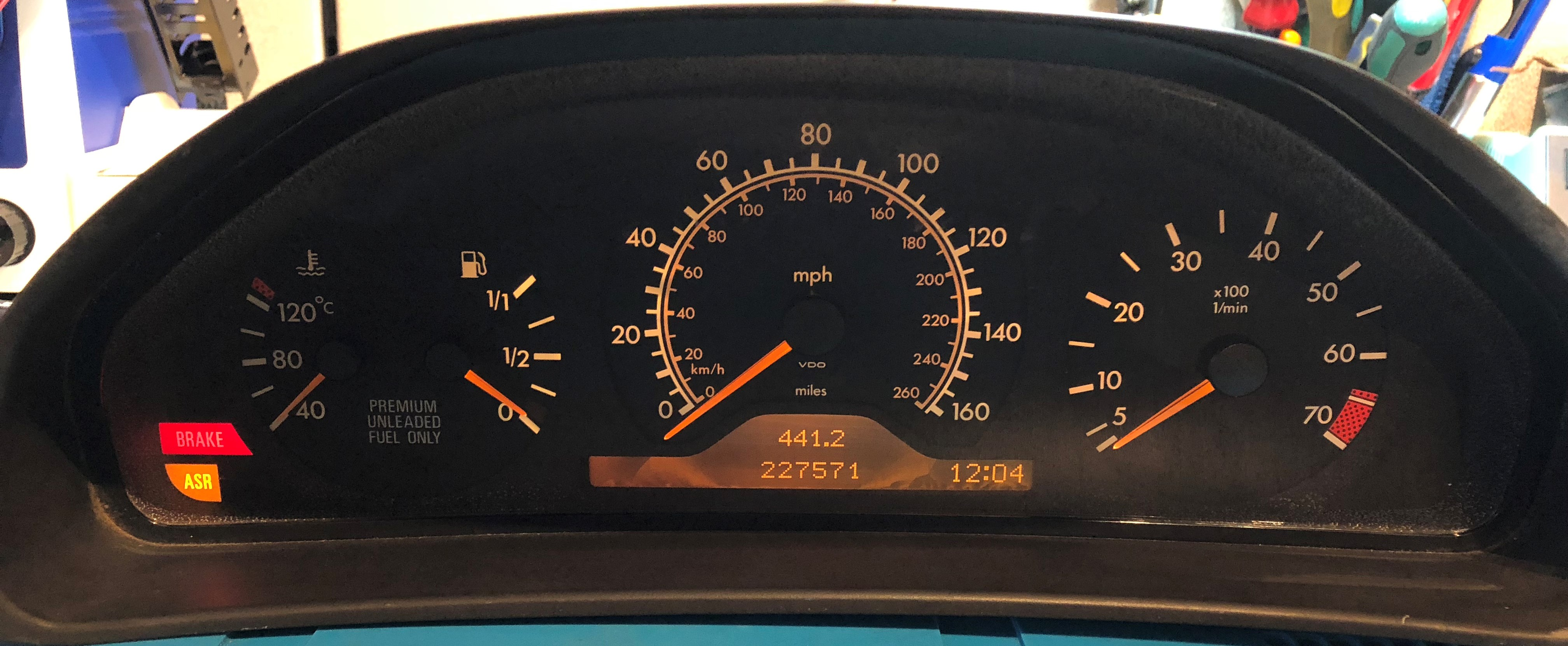 1997 MERCEDES E320 USED DASHBOARD INSTRUMENT CLUSTER FOR SALE (MPH)